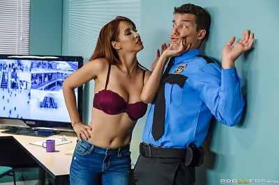 Milfs Like It Big – Mall Cop-A-Feel