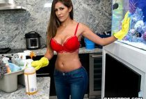 Porn Makes Housekeeper Fuck